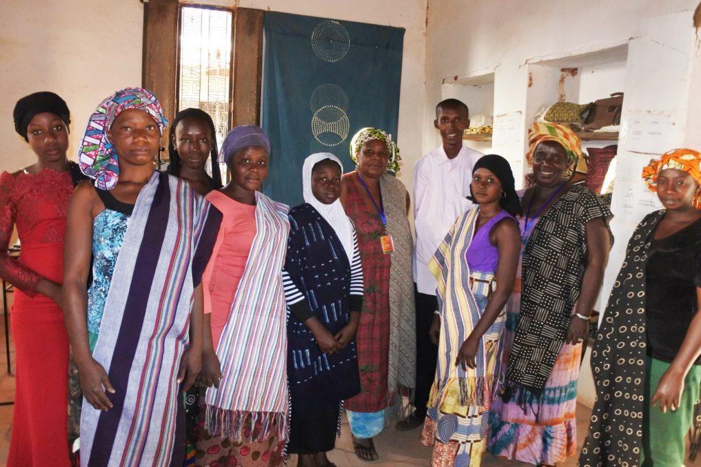 Vernissage des expositions OFF des femmes teinturières Sinignessigui de Sekoura