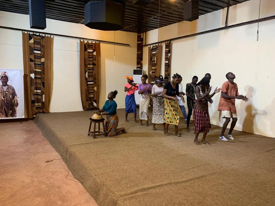 Atelier d'initiation en conte avec les déscolarisés et les non scolarisés